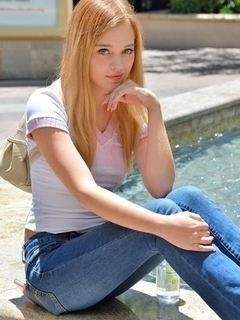 Naked Blonde - Free Nude Teen Porn Pics at